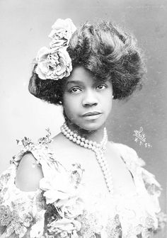 "The ""Queen of the Cakewalk"", Aida Overton Walker addressed Black writers/critics' disregard for and criticism of the acting profession in a December issue of The Freeman. After first addressing the main topic at hand, she proceeded to suggest proactive steps that could prepare up-and-coming black performers for the stage."