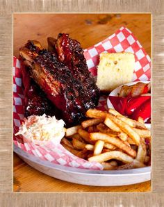 #Barbecue may belong to our neighbours in the South, but we do it pretty well here in #Halifax. Ribs, chicken, brisket, pulled pork - Q Smokehouse and Southern Barbecue has all the classic favourites. #restaurant