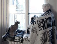 """""""Kissat ja kerät"""" wool blankets. Design by Polkka Jam and Lapuan Kankurit 2013."""