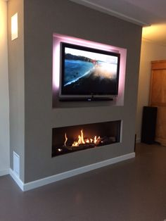 Ohh I like this even tho I don't watch much tv but I love the gas fireplace it's very pretty 😍💯