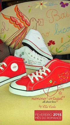 A Sanjo, marca portuguesa, de culto conta agora também com uma linha Namorar Portugal: uma versão em branco e outra em vermelho.