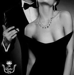 """Sufletul-pereche este cea mai importanta intalnire cu un om. Este omul-oglinda, omul care te scapa de prejudecati si te obliga sa te vezi asa cum esti, omul care nu te lasa sa te mai minti si care trage de tine sa te curete, sa te dezobisnuiasa de tot ce e fals in tine si in jurul tau.""  www.theladiesclub.ro"