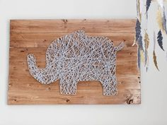 String art is way easier than you think: check out this simple step-by-step tutorial!