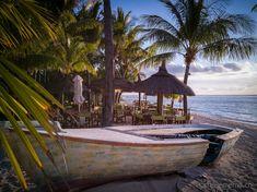 Dinarobin Beachcomber Golf & Spa Resort – ein kleines Fleckchen Paradies auf Mauritius  #Mauritius #Dinarobin #beach Mauritius, Strand Resort, White Sand Beach, Hotels, Golf, Vacation, Tags, Outdoor Decor, Tropical Garden