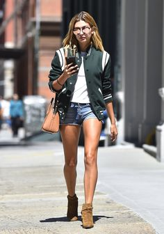 """""""August 22, 2016 - Hailey Baldwin out and about in Soho, NYC. """""""