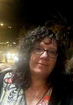 Karolina Villalobos es una alumna entrañable, muy querida por todos los compañeros y que además ha sido la encargada de hacer posibles las I Jornadas en el Camping Doñana, marco incomparable con mar, pinos y aire puro. Ella ha querido manifestar en este 15º aniversario de la Escuela Internacional Naturopatía MRA su opinión