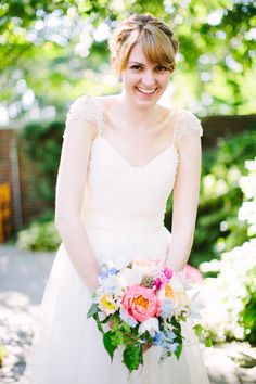 Photography: Lisa Rigby Photography - lisarigbyphotography.com Floral Design: Petalena - petalena.com  Read More: http://www.stylemepretty.com/2012/08/28/commanders-mansion-wedding-from-lisa-rigby-photography-petalena/