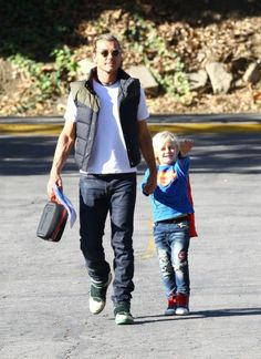 Gavin Rossdale drops his son Zuma off at school in Los Angeles. (How cute is Zuma in his Superman gear?!)
