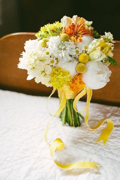 yellow and white summer bouquets, studio fleurette, barn wedding flowers, twin cities mn florist
