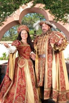 Lady Capulet and Lord Capulet costume ideas but adding in more red and only some accents of gold