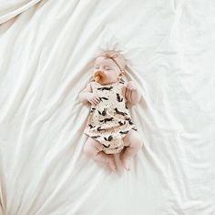 All the heart eyes for this little tiny in our fox onesie! // @christine_simplybloom
