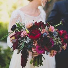 #Repost from @foxtail_florals - This bouquet is perfection! #BIPRtastemaker (Photo by Floataway Studios)