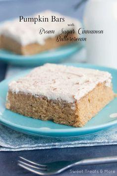 Cinnamon-Sugar Pumpkin Snack Cake
