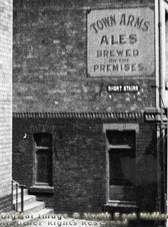 The Town Arms Public House, Lace Market, Nottingham, 1940 Nottingham Pubs, Nottingham Lace, London Pubs, Belfast, Family History, Old Photos, Derby, Britain, Past