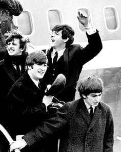 my gif gif love life music photo the beatles sixties old colour peace Band icon color Paul McCartney john lennon ringo starr george harrison beatles legend Peta photograph gifset