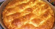 Υλικά Τι χρειαζόμαστε: 400 γρ. τριμμένη φέτα 50 γρ. τριμμένη Gouda ή άλλο κασέρι 250-300 γρ. στραγγιστό γιαούρτι 2 κ.σ. ελαιόλαδο 3 αυγά (2 για την γέμιση