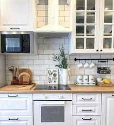 Kitchen Decor, Kitchen Inspiration Design, Kitchen Inspirations, Kitchen Dinning, Kitchen Renovation Design, Kitchen Design, Kitchen Room, Kitchen Renovation, Small Modern Kitchens