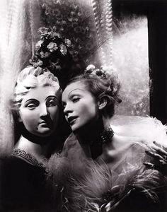 Sir Cecil Beaton,Marlene Dietrich, 1935