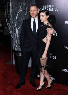 Daniel Craig and Rooney Mara at event of The Girl with the Dragon Tattoo