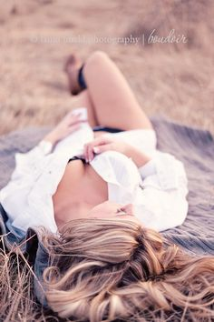 Outdoor Boudoir Session. Ahh love this idea, must try!