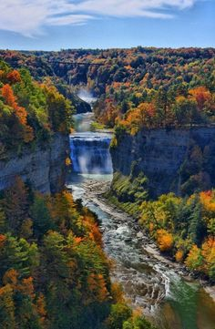 Inspiration Point, Letchworth State Park, New York, United States. Looking up the gorge to Middle Falls in Letchworth State Park Beautiful Waterfalls, Beautiful Landscapes, Vacation Ideas, Vacation Spots, State Parks, Places To Travel, Places To See, Beautiful World, Beautiful Places