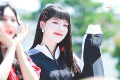 Kpop Girl Groups, Kpop Girls, Fake Followers, Jung Eun Bi, Kim Ye Won, Seoul Music Awards, G Friend, Moon, The Moon