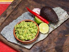 Hjemmelaget guacamole med chili