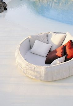 Sofa - Exterior ease (by Paola Lenti)