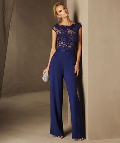 Breda - Cocktail jumpsuit with short sleeves and a bateau neckline in lace and crepe Cocktail Jumpsuit, Cocktail Outfit, Dresses Uk, Prom Dresses, Royal Blue Evening Dress, Elegantes Outfit, Mothers Dresses, Jumpsuit Dress, Classy Outfits