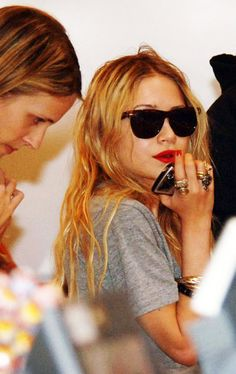 ray bans red lips