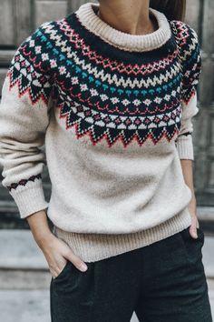 Fairisle Sweater: Primark Pantalones/Trousers: Zara, Bolso/Bag: Chanel Vintage Zapatillas/Sneakers: Sandro