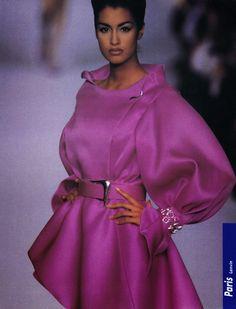 YASMEEN GHAURI, Lanvin Show S/S 1991