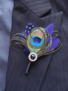 Custom Color Peacock Feather Boutonniere, Peacock Boutonniere, Peacock Wedding Boutonniere or Corsage, Groomsmen, Groom by Axentz on Etsy