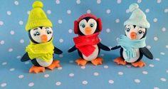 In attesa dell'Epifania potete sbizzarrirvi con i vostri bambini e realizzare insieme dolci creazioni. Simpatici e coloratissimi pinguini in pasta di zucchero daranno un tocco di allegria a questi ultimi giorni di vacanza. Occorrente: pasta di zucchero nera, bianca, arancione, azzurra, rossa...