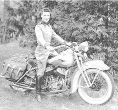 """riding a motorcycle. Dorothy """"Dot"""" Known as the """"First Lady of Motorcycling,"""" Robinson co-founded Motor Maids in the nation's first organized, AMA chartered women's motorcycle club and paved the way for women in competitive motorcycle riding and racing. Hd Vintage, Vintage Biker, Vintage Photos, Vintage Iron, Lady Biker, Biker Girl, Motos Retro, Harley Davidson, Enduro"""