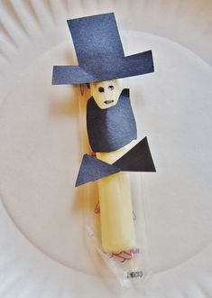 Abraham Lincoln Unit Study Craft, Snack, Activities. Cheese stick snack with Abraham Book one day.