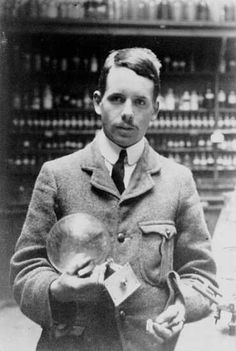 TIL of Henry Moseley who rearranged the Periodic Table based on atomic mass and died aged only 27 in WW1. Isaac Asimov said of his death 'in view of what he might still have accomplished  his death might well have been the most costly single death of the War to mankind generally'.