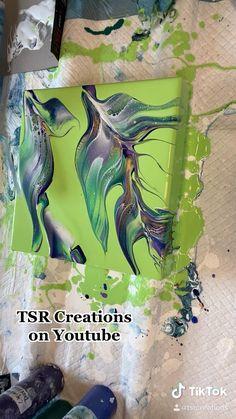 Acrylic Pouring Art, Acrylic Art, Acrylic Painting Canvas, Flow Painting, Pour Painting, Acrylic Painting Techniques, Diy Canvas Art, Green Art, Art Paintings