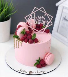 Candy Birthday Cakes, Elegant Birthday Cakes, Pretty Birthday Cakes, Cake Decorating Videos, Cake Decorating Techniques, Gorgeous Cakes, Amazing Cakes, Birthday Cheesecake, Christmas Cake Designs