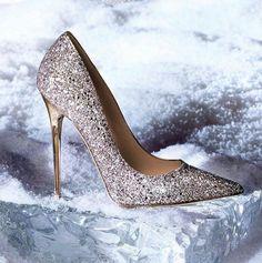 Zapato de novia salon plata con tacon dorado