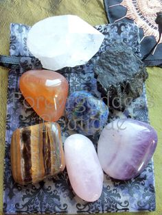 Item # CHCK 03  They represent each of the 7 chakras, Base/ Root: black tourmaline , Sacral: Carnelian, Solar plexus: Tiger eye, Heart: Rose Quartz, Throat: banded Amethyst, 3rd eye /brow : Sodalite, Crown: Quartz crystal. Once charged and cleanse, they can be used to find spiritual path of enlightenment and help with clear away energy when you feel blocked and gives you the initiative to go forward. Come with cleansing and charging instructions. Price $ 12.50 + free Shipping (USA)