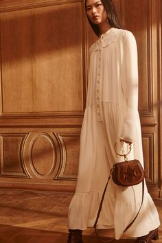 Chloé Pre-Fall 2017 Collection Photos - Vogue