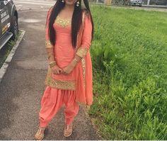 Custom made availaible at Royal Threads Boutique. To order whatsapp at Punjabi Girls, Punjabi Dress, Pakistani Dresses, Indian Dresses, Indian Suits, Indian Attire, Indian Wear, Punjabi Fashion, Bollywood Fashion