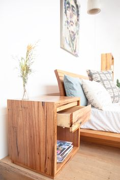 Classic bedside table made from brown barrel stringybark. Yard Furniture, Paint Furniture, Cheap Furniture, Discount Furniture, Furniture Making, Classic Bedroom Furniture, Bedroom Furniture Design, Recycled Timber Furniture, Mesas De Luz