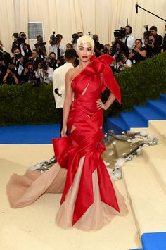5c15d2f6e588 Met Gala 2017 Red Carpet Live  All the Celebrity Dresses and Fashion