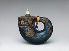 Powder Flask    Mughal, 17th century    The Metropolitan Museum of Art