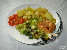Lahodný losos ve velice pikantní marinádě. S brambůrky a čerstvou zeleninou bude nejlepší!