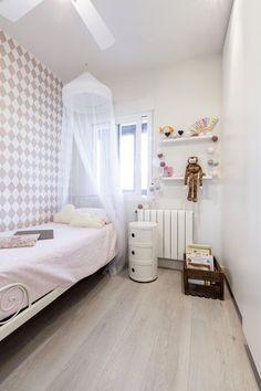 Dise�o de dormitorio infantil en rosa y blanco.  #dormitorioinfantil #dormitorioni�a #dormitoriorosa Kids Zone, House Rooms, Toddler Bed, Loft, Decluttering, Furniture, Bedroom Ideas, Bedrooms, Home Decor