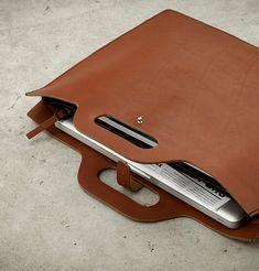 sacoche-cuir-lakange-chic-labrador-ordinateur-zip-elegant-homme-femme-design-cadeau