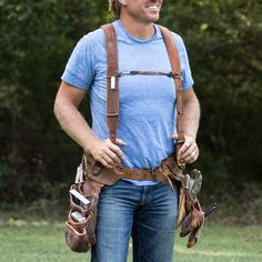 Build-Your-Own Tool Belt - Magnolia Market Carpenter Tool Belt, Carpenter Tools, Leather Tool Belt, Leather Tooling, Leather Pouch, Leather Bags, Tool Belt Suspenders, Magnolia Joanna Gaines, Chip And Jo